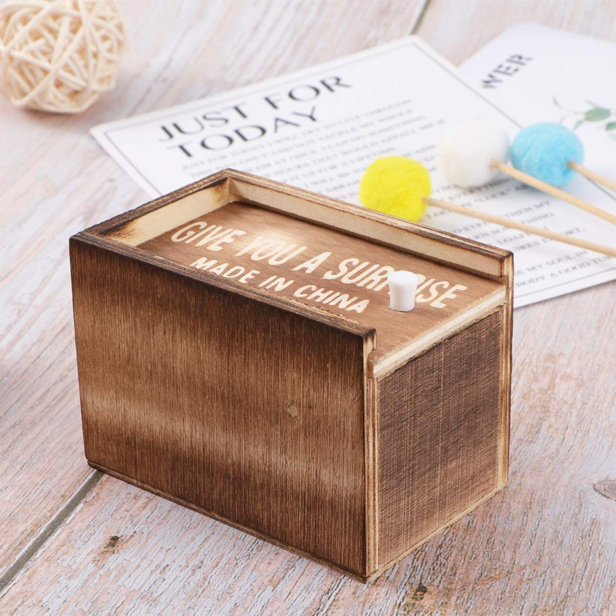 Toyvian Caja de Broma de ara/ña Caja de Madera hilarante Broma de Juguete Caja de Regalo de Dinero Divertido Juguete Sorpresa para ni/ños ni/ñas Adultos