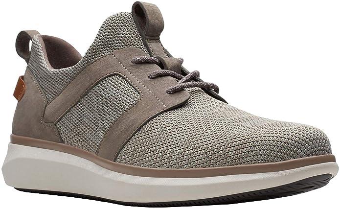 4d9f3dcf Amazon.com   CLARKS Men's Un Globe Lace   Shoes