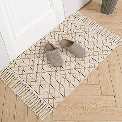 Amazon Com Boho Kitchen Rug Small With Tassels Woven Cotton Area Rug Washable Reversible Moroccan Accent Tribal Decorative Throw Floor Carpet For Bath Porch Entryway Hallway Front Door Mat 2 X3 Yellow Cream Kitchen