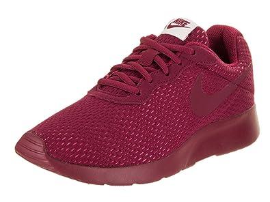 le scarpe nike tanjun prem correre