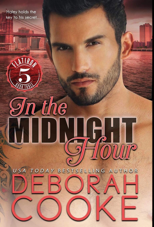 In the Midnight Hour (Flatiron Five): Amazon.es: Deborah ...