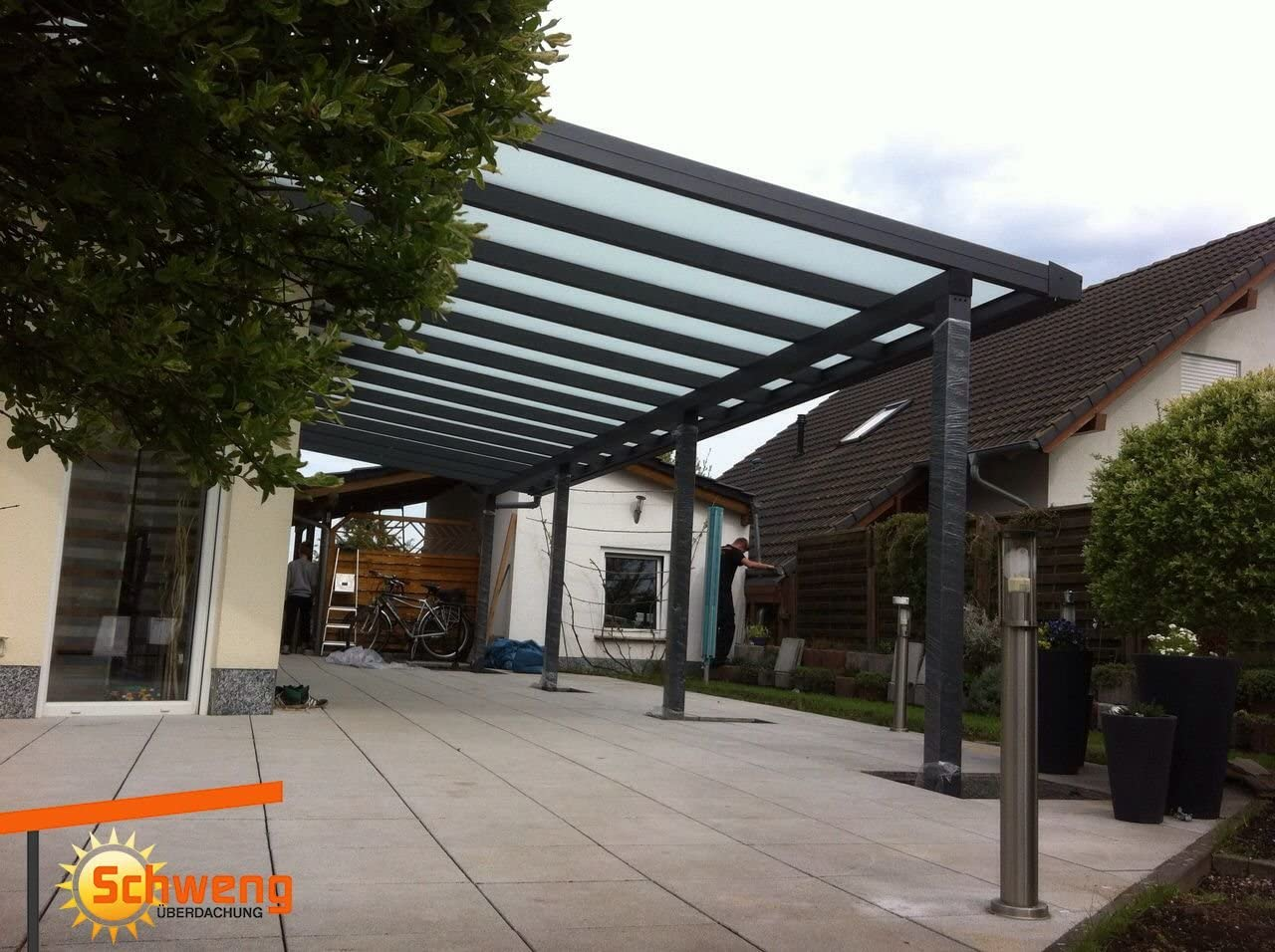 Dosel para terraza fabricado con placas de policarbonato de ...
