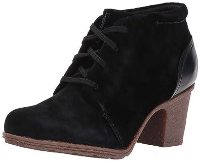 ef9a7f9189b8 CLARKS Women s Sashlin Sue Fashion Boot