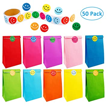 50 piezas de papel bolsas de regalo bolsas de fiesta arco iris con un rollo de 100 pegatinas de cara sonriente para niños adultos fiesta de cumpleaños ...