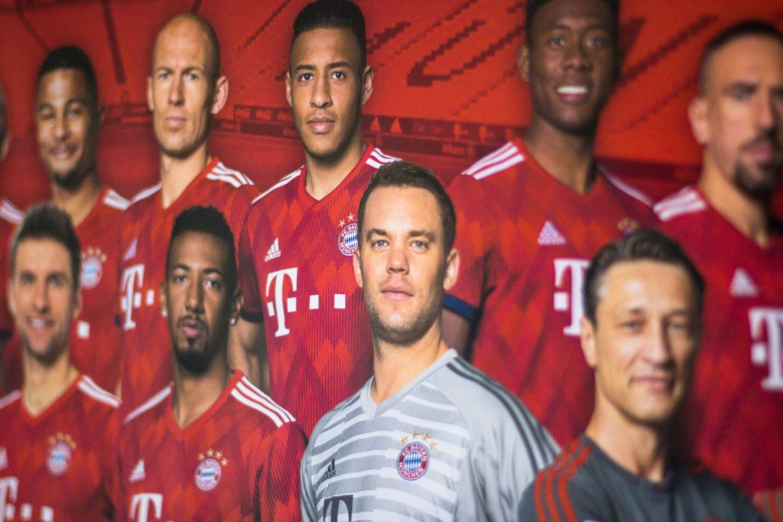 FC Bayern M/ünchen Poster//Mannschaftsposter *** Team *** 2018//19