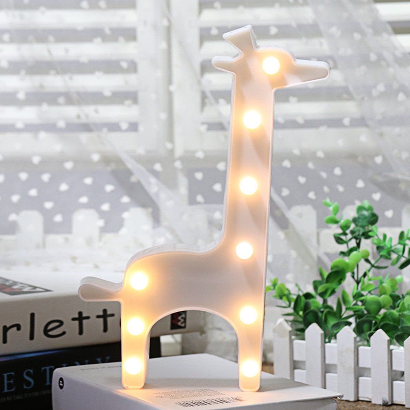 Ins/Chic Style Cute Animal Decor Sign Light,LED plastic Giraffe Shaped Sign-Lighted Marquee Giraffe Sign Wall Decor for Chistmas,Birthday party,Kids Room, Living Room, Wedding Party Decor(white )