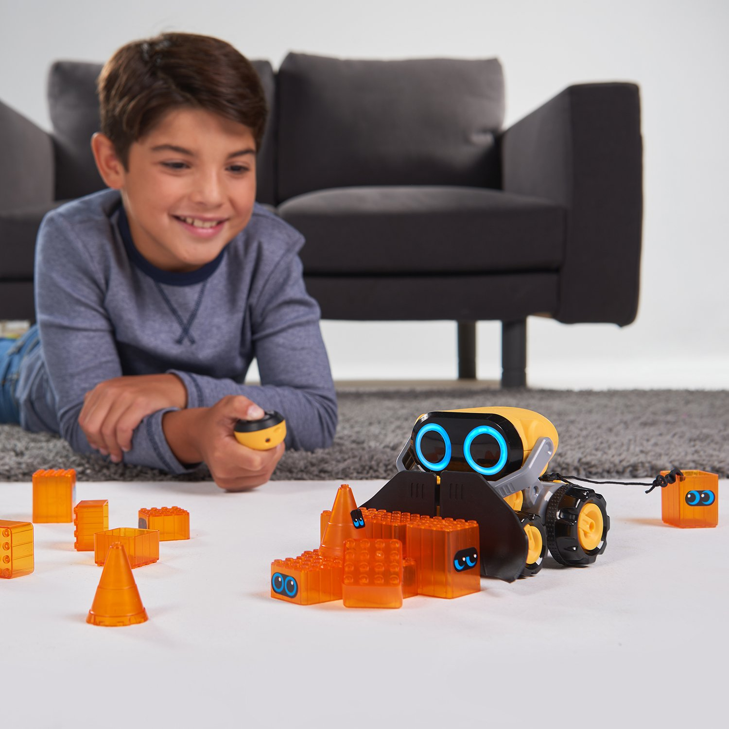 The Botsquad - Joe Plow - the path clearing remote control interactive robot toy -  by WowWee by WowWee (Image #6)