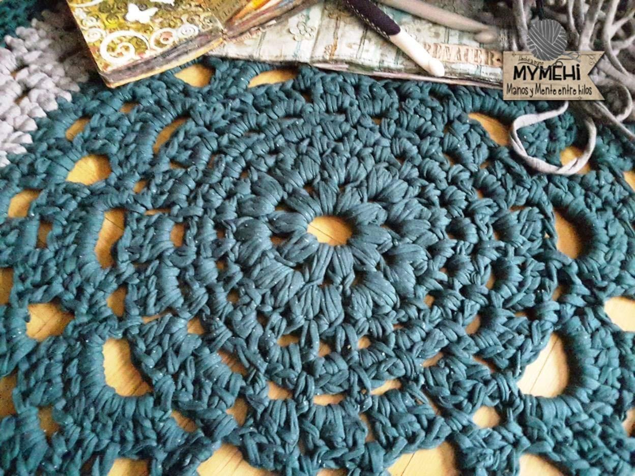 Alfombra redonda mandala hecha a mano en trapillo grueso ...