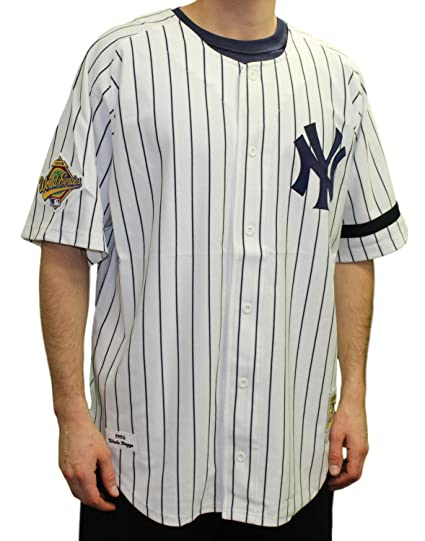 the best attitude 7f90a 385c7 Amazon.com : Wade Boggs Yankees 1996 Home Jersey Mitchell ...