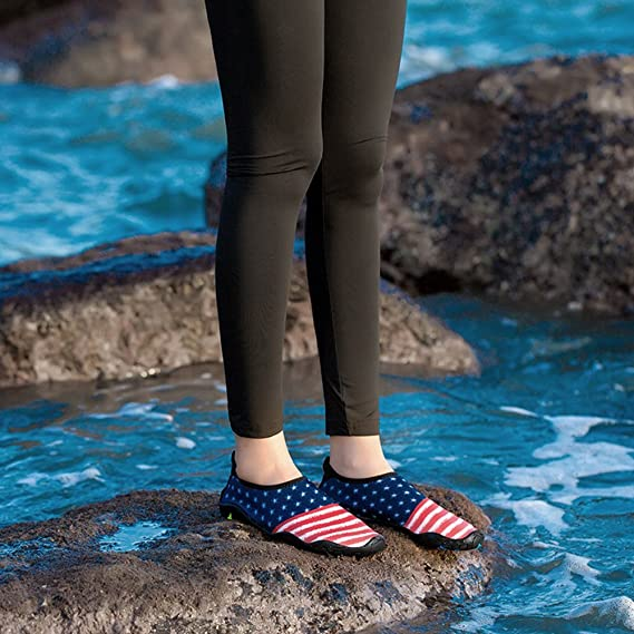 OUTDOT Unisex Quick-Dry Breath Scarpe Antiscivolo Scarpe Da Spiaggia Piscina  A Piedi Nudi Aqua Yoga Socks Scarpe Da Fiume Per Il Surf Nuoto Sport D acqua   ... 7c05ffab40d