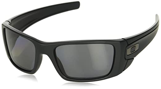 Amazon.com: OAKLEY Fuel Cell Anteojos de sol polarizados ...