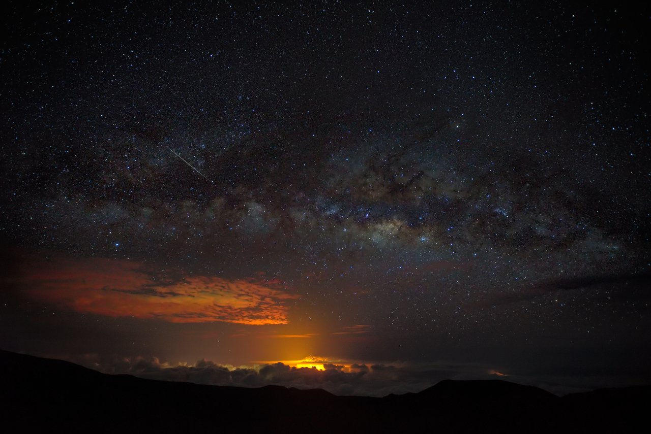 'Right Place' Mauna Kea view Kilauea East Rift Zone 2018 lava Eruption, Hawaii Island - large unframed original print direct from Big Island photographer Harry Durgin