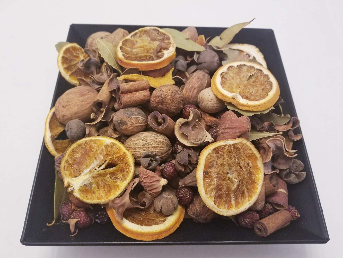 Nature's Lot (Florida Orange Potpourri Handmade In Lancaster County PA. Dried Oranges, Cinnamon Sticks, and Beautiful Botanicals, 28-32 oz by volume by Nature's Lot