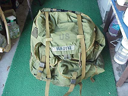 051051f88bf8 Amazon.com   Large ALICE Field Pack with Frame and Full Outfit LC-1 ...