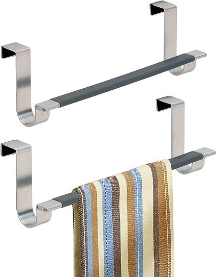 mDesign Set da 2 Porta asciugamani cucina Argento Porta strofinacci da appendere alle ante dei mobili Appendi strofinacci senza forare muro per bagno o cucina