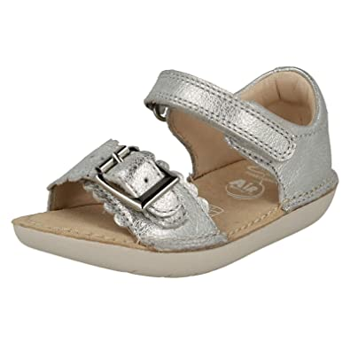 a0b38686d9f12 Clarks Girls Summer Sandals Ivy Flora - Silver Leather - UK Size 5F - EU  Size