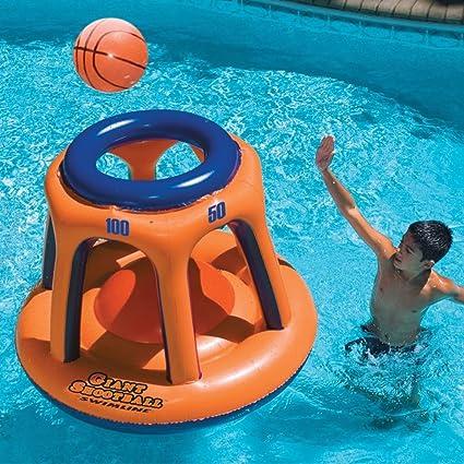 Amazon.com: Piscina inflable gigante de juguete Swimline ...