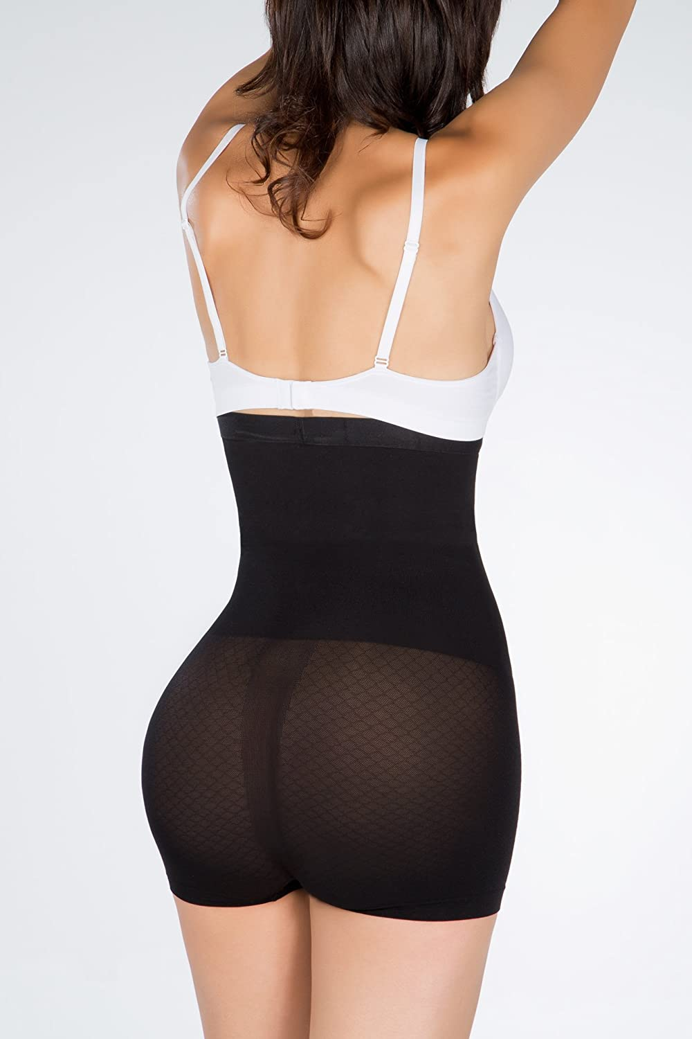 58c32039cc440 I m As Tall As Silicone-Lined Undetectable Edge High Waist Shaper Shorts  Doriane. at Amazon Women s Clothing store