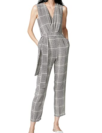 c8923c614d Amazon.com  FANCYINN Women Plaid Wrap V Neck Belted Casual Jumpsuits Rompers  with Pockets  Clothing