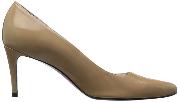 51768884588f Amazon.com  Stuart Weitzman Women s Pinot Dress Pump  Shoes