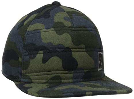 8a20d3a7b21 Amazon.com  Under Armour Men s Quilted Snap Back Cap