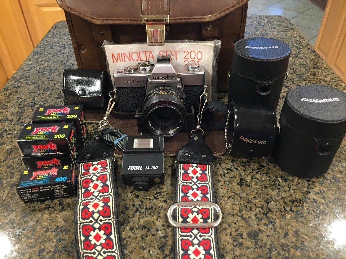 70%OFF Minolta #SR-T200 Vintage SLR 35mm Camera