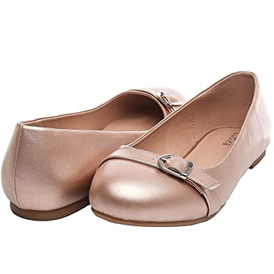 a220a2dab7e Luoika Women s Wide Width Flat Shoes - Comfortable Slip On Round Toe Ballet  Flats(GoldenPU