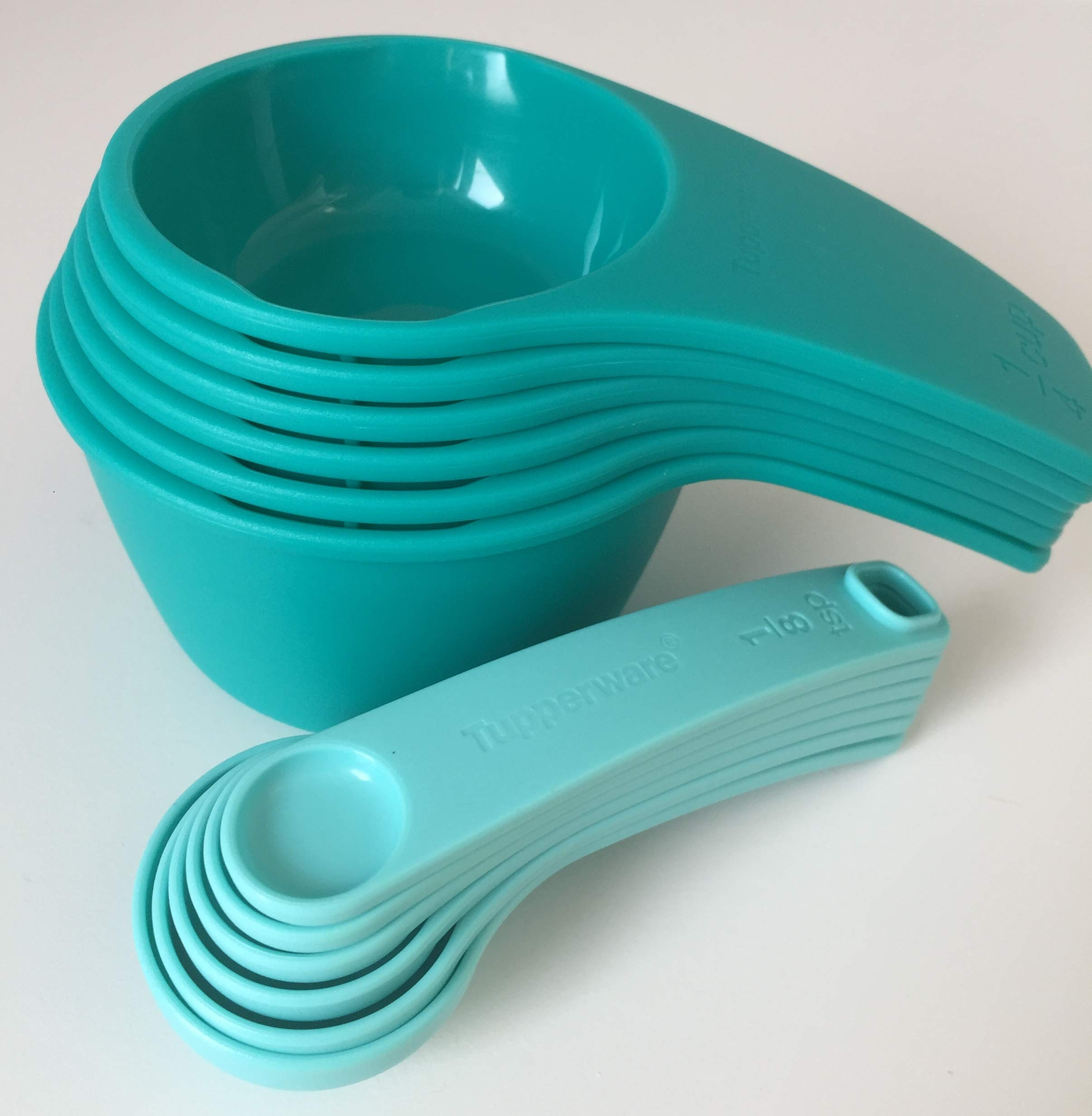 Tupperware Measuring Cup & Spoon Set Newest Design Teal by Tupperware