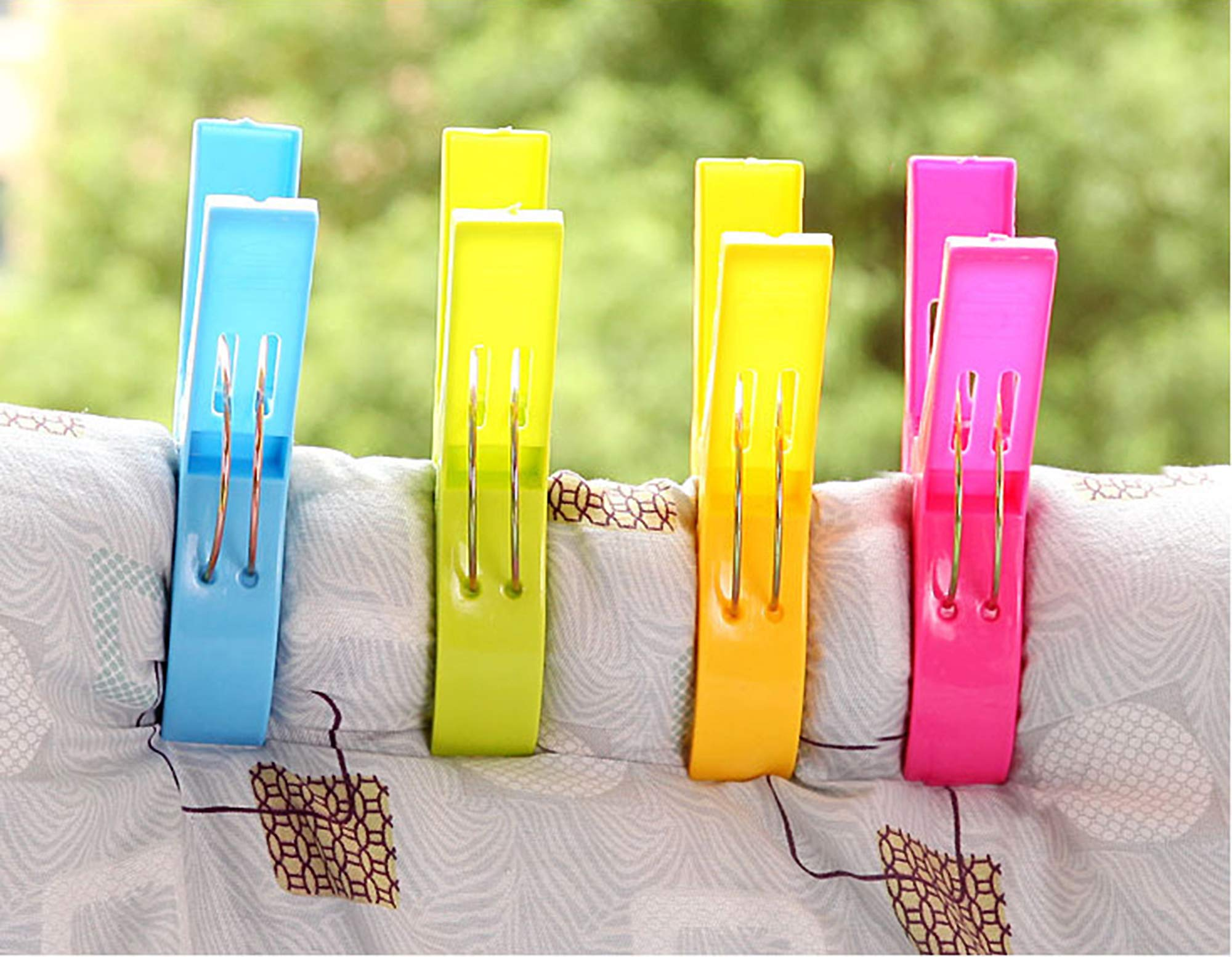 Lazyaunti 4 Pack Clothespins Beach Towel Clips Plastic Clothes Pegs Chair Clips Towel Holder for Pool Chairs Hanging Clip Clamps for Home and Travel