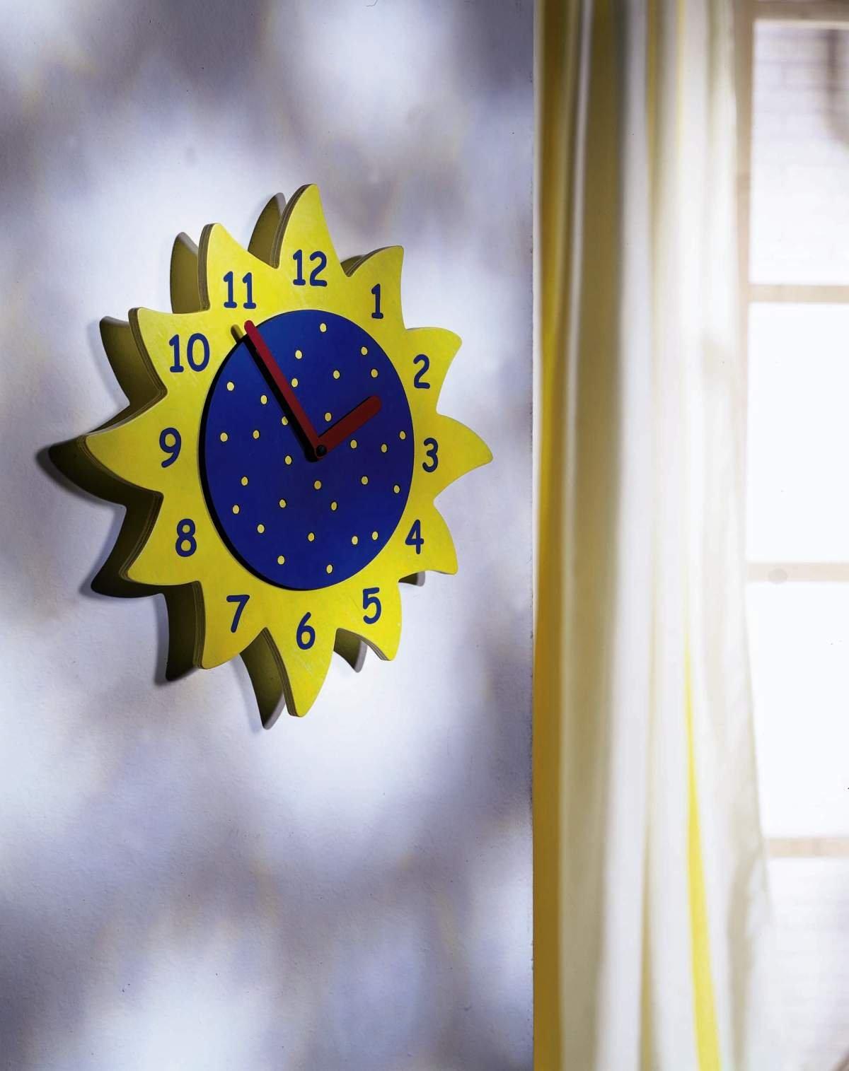 Early Sunshine Clock