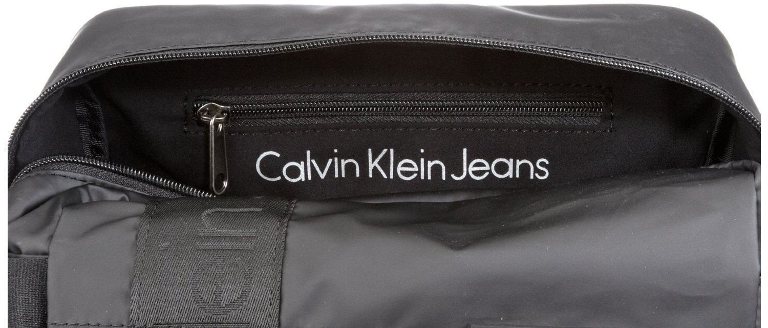 bb1d0209bf CK Jeans Mens Black Toiletry   Wash Bag  Amazon.co.uk  Luggage