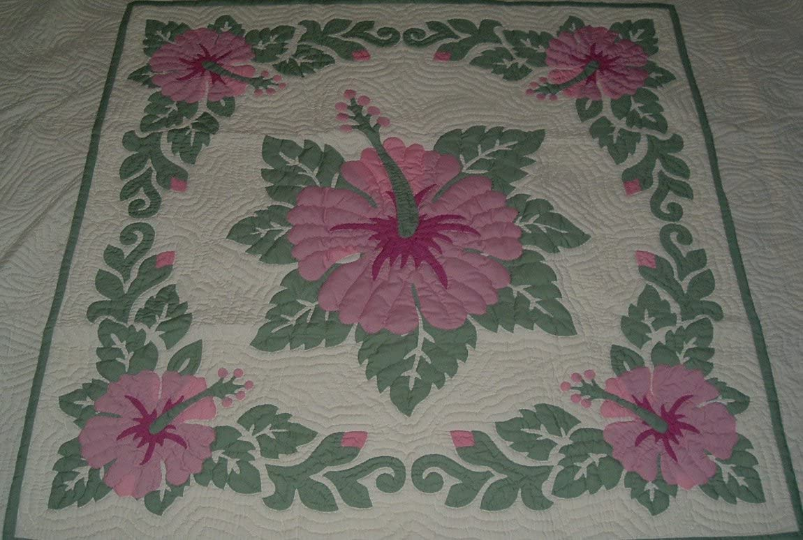 Hawaiian quilt lap blanket wall hanging 100 hand quilted hand appliqued 60×60