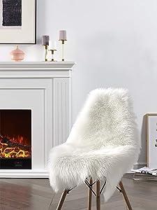 Soft Faux Sheepskin Fur Area Rug White Fur Chair Cover Seat Pad Fuzzy Area Rug for Bedroom Floor Sofa Living Room 2x3 Feet SERISSA (Sheepskin Shape,White)