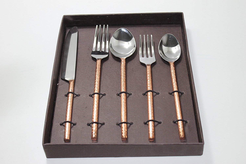 Juego de cubiertos hechos a mano de cobre y acero inoxidable, 2 cucharas, 2 tenedores y 1 cuchillo, acabado martillado, fácil agarre, mango redondo, vajilla de utensilios y cubiertos.: Amazon.es: Hogar