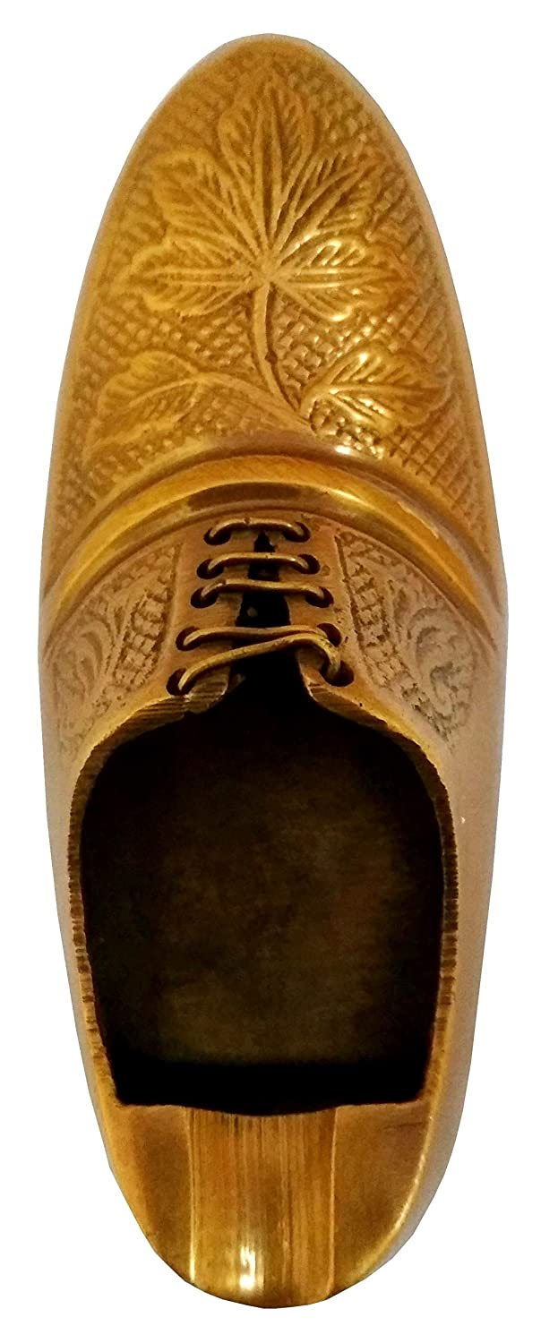 Buy Purpledip Brass Ashtray 'Kick The Butt': Funky Vintage Shoe Shaped Ash  Tray for Cigarette Smokers (11663) Online at Low Prices in India - Amazon.in