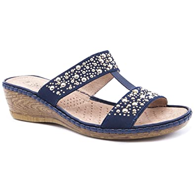 cde8f7f7cabde9 Ladies Caravelle Wide Fit Double Diamond Navy Flat Sandals Size 9 ...