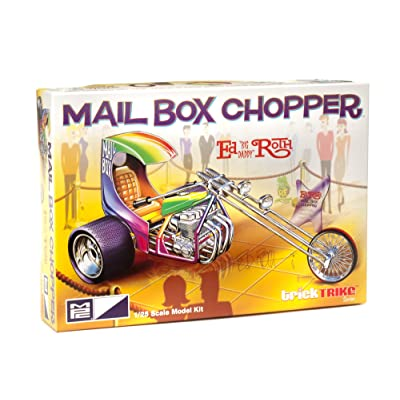 MPC Ed Roth's Mail Box Chopper (Trick Trikes Series) 1/25 Scale Custom Trike Motorcycle Kit: Toys & Games
