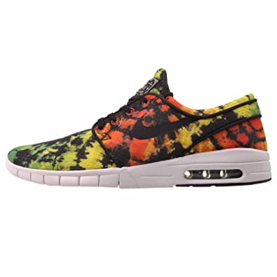 new arrival 426e5 98d84 Amazon.com   Nike Stefan Janoski Max Premium Shoe - Men s Tour Yellow Green  Pulse University Red, 8.0   Fashion Sneakers