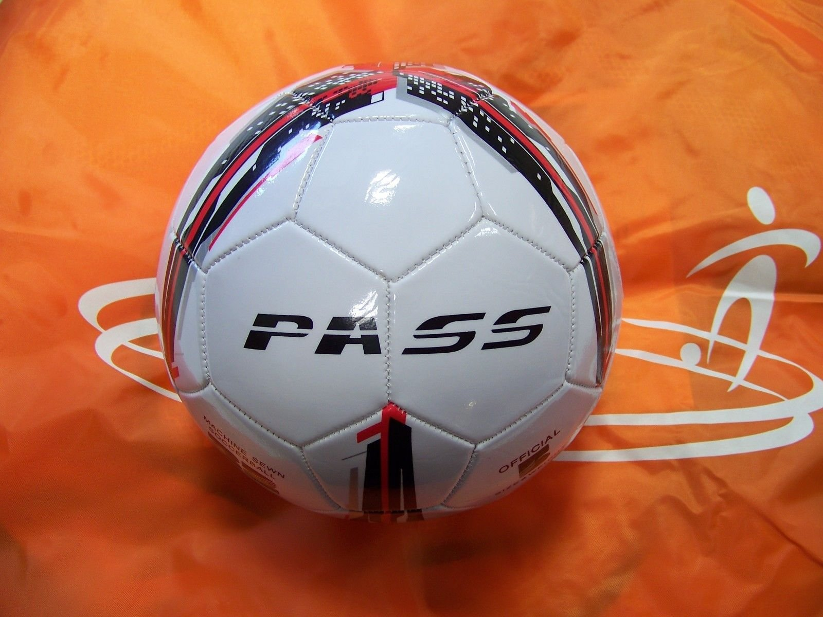 50 CT - Size 5, 32 Panel Machine Sewn Soccer Balls. Official Sizes & Weight. COMES WITH FREE 6'' PUMP! (Red, Black & Grey)