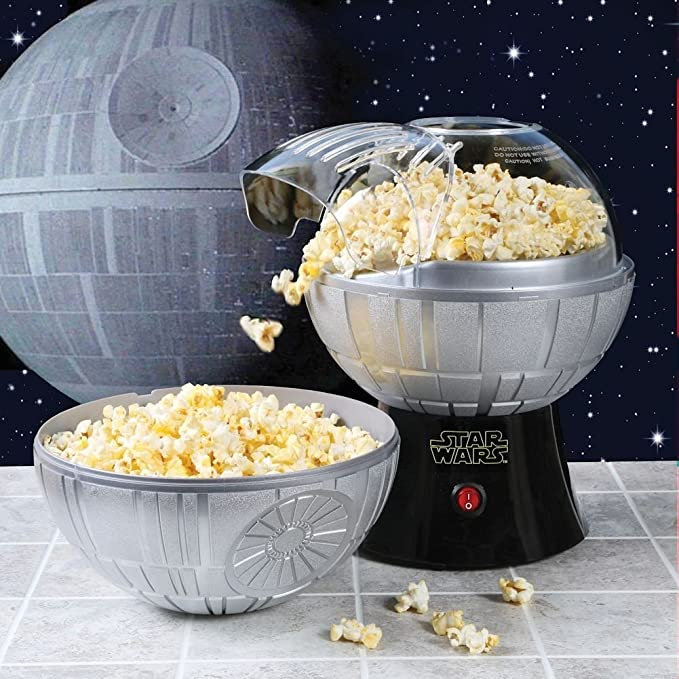 Uncanny Brands Star Wars Death Star Popcorn Maker - Hot Air Style with Removable Bowl