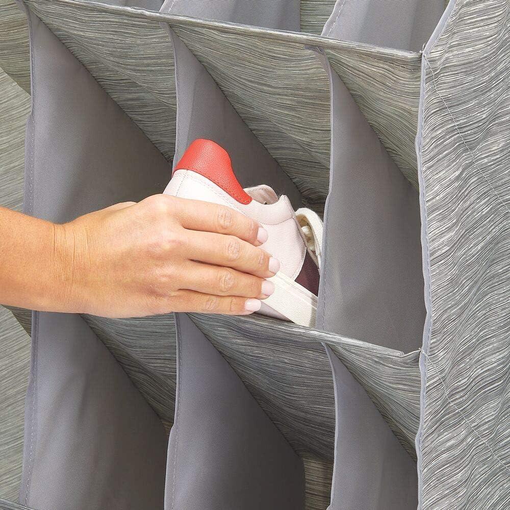 Scarpiera da Appendere su Porte e sbarre Armadio mDesign Portascarpe da Appendere per 16 Paia di Scarpe Organizer da Appendere alla Porta in Fibra Sintetica Traspirante Beige//Grigio