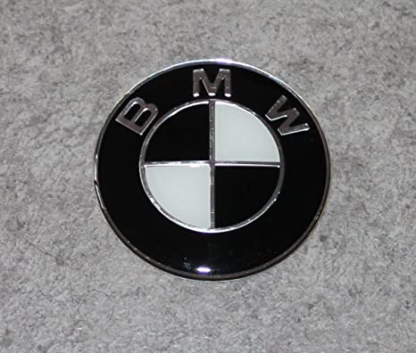 BMW Black y White 82 mm de cerebros Or barco Badge Hood/logotipo negro capó