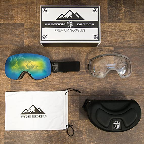 704ee648ef8 Amazon.com   Freedom Optical Ski   Snowboard Goggle package with 2 Lens and  Bonus Storage Case   Sports   Outdoors