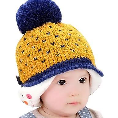 d0df97041438 Bonnet Bébé Hiver Chaud 3D Cartoon Pingouin Chapeau Calotte Crochet Tricot  Protection Oreille pour Fille Garçon