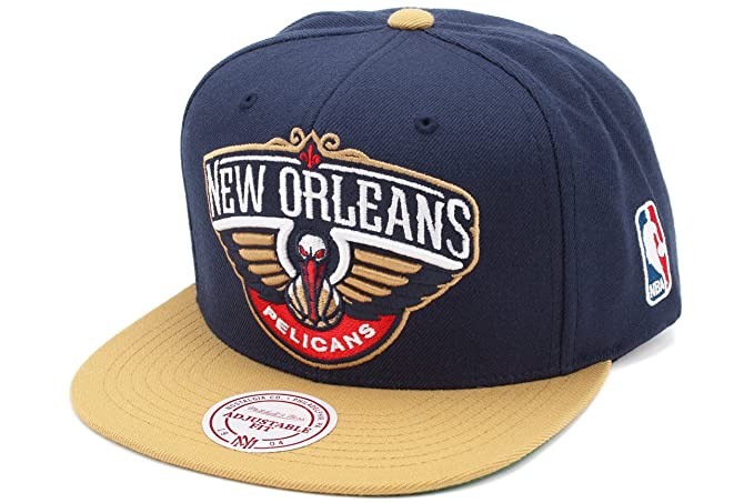 separation shoes 9a709 19cb3 Image Unavailable. Image not available for. Color  New Orleans Pelicans  Mitchell   Ness ...