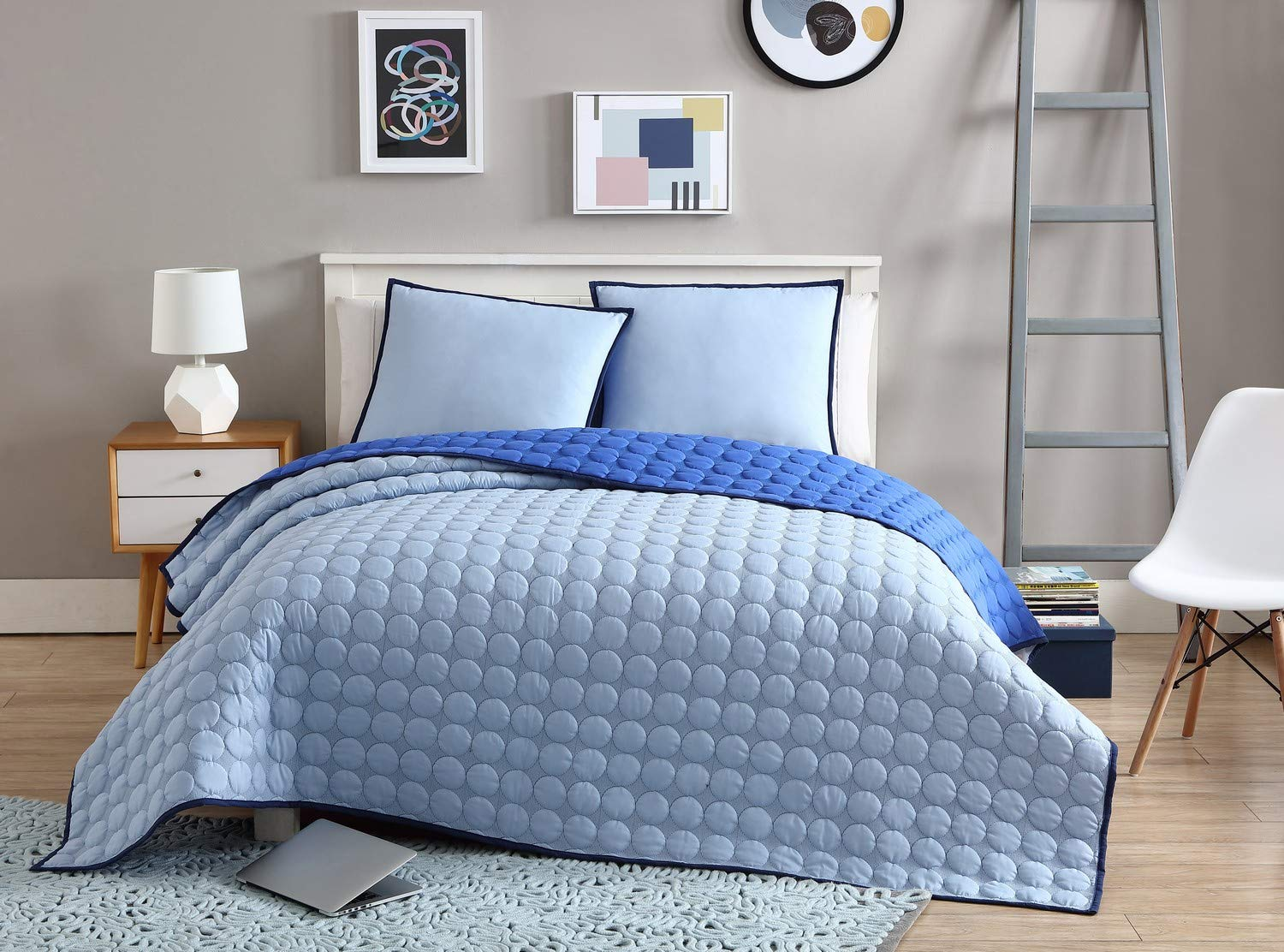 VCNY Home Checker Board 2 Piece Circle Embossed Reversible Coverlet Set Twin XL Blue