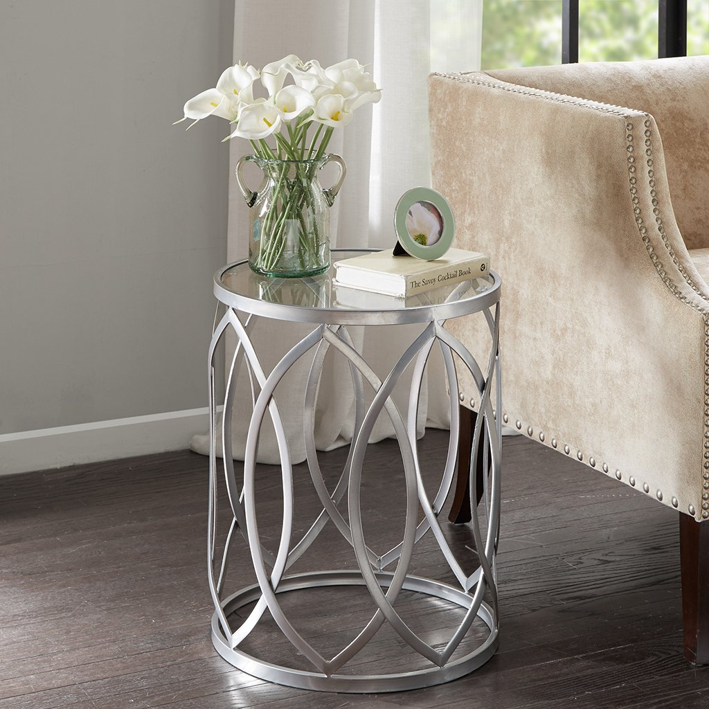 Madison Park FPF17-0295 Arlo Accent Tables For Living Room, Glass Top Hollow Round, Small Metal Frame Geometric Eyelet Pattern Luxe Modern Stylish Nightstand Bedroom Furniture, Silver
