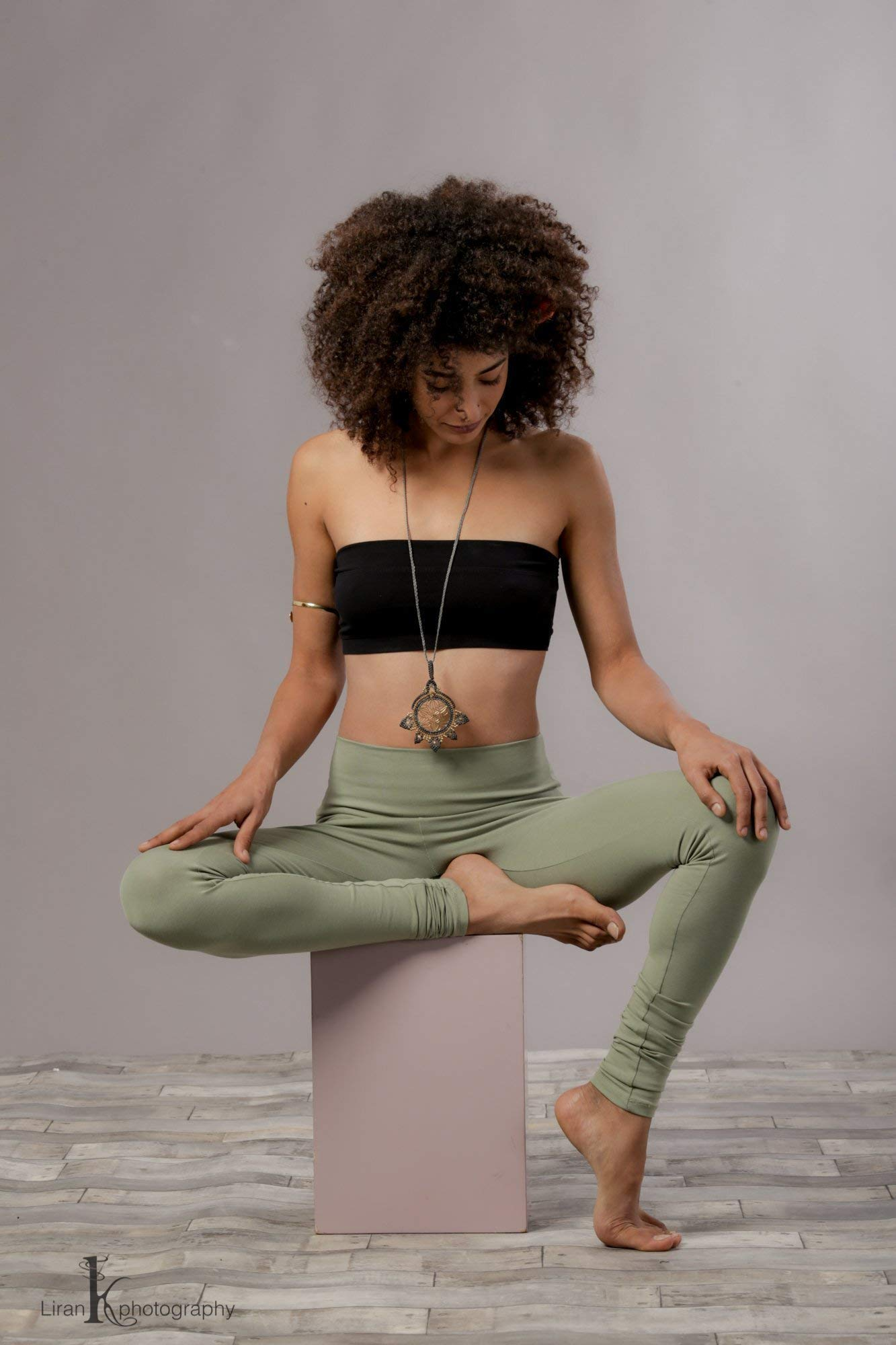 Handmade Green Women's Yoga Activewear Pants, Workout Running Bohemian Legging, Yoga Fashion Cloths by SamayaFashion