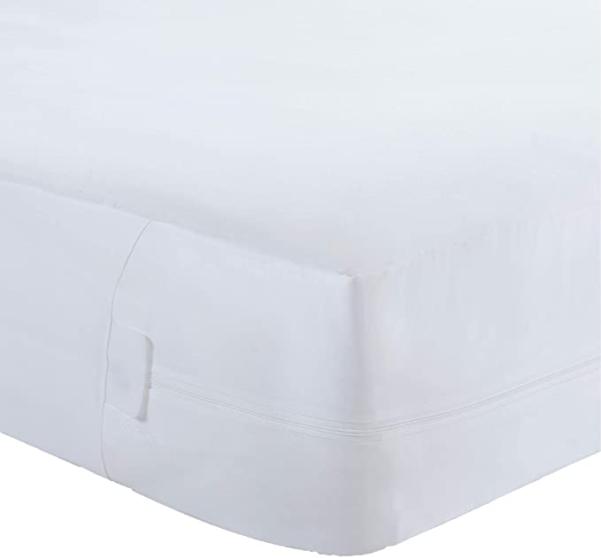 Triple Seal Zipper System All-in-One Mattress Protector with Bed Bug Blocker