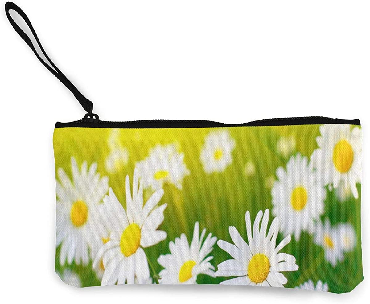 Coin Purse White Daisies...